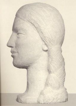 La treccia sul collo, 1996, pietra di vicenza, cm 60x30x39
